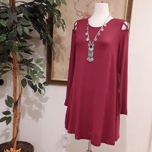 Dresses & Skirts - NEW  Burgandy Crisscross Swing Dress w/Pockets